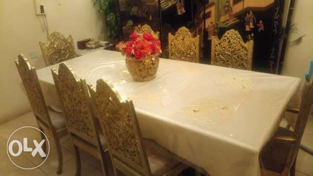 Dinning table marble very good condition