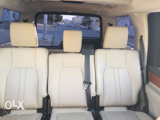 Very clean 2013 Land Rover LR4 HSE V8 for sale in amazing condition الرياض -  7