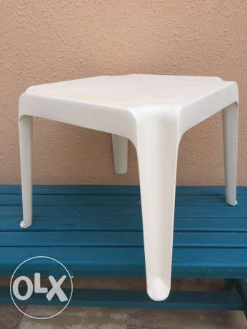plastic table for out door