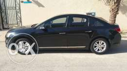 Full Option Black Cruze 2014 in Excellent Condition