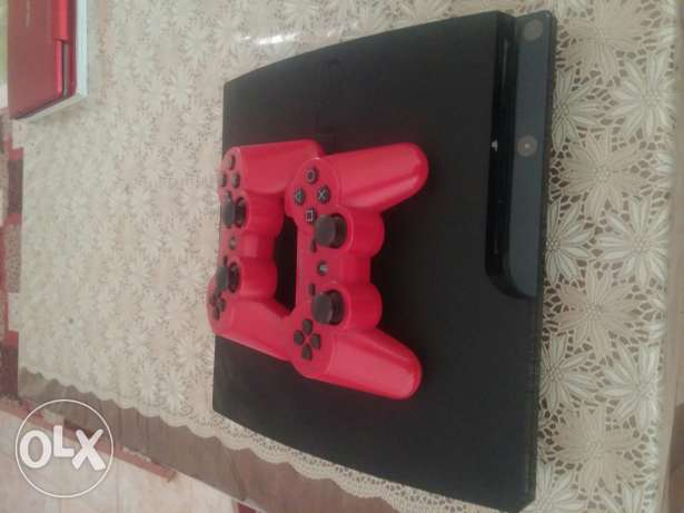 PS3 slim 500 GB with 2 controllers and 4 games for sale