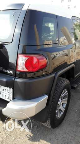 Toyota FJ Cruiser 2014 with low mileage 6650km only جدة -  5