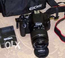 Camera canon digital professional 600d for sale