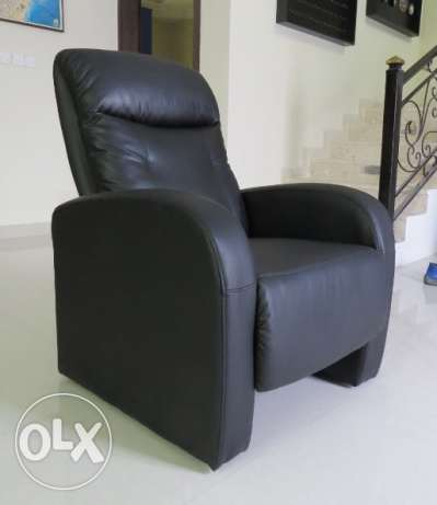 La-Z Boy Recliner Armchair الخبر -  1