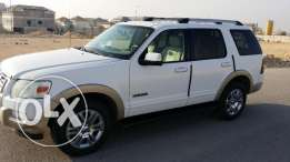 Ford Explorer Eddie Bauer (Advance Trac, RSC) Price negotiable 30000 S