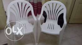 used plastic chair , 2 number