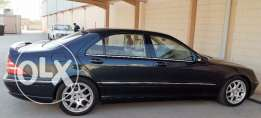 Low mileage Mercedes S-500 for sale