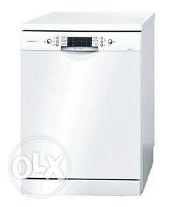 Bosch Dishwasher 12+1 Place Setting, White, Brand New