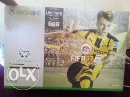 Xbox one s 500gb with FIFA 17