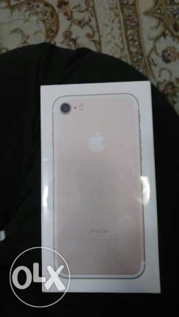 I Phone 7 rose gold 32 G new