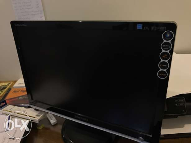 SAMSUNG display unit 20""