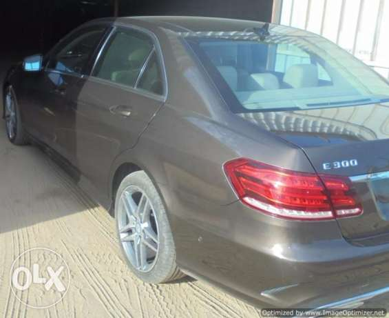 Mercedes E300,2014 Full Options, Excellent Conditions