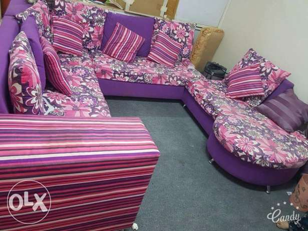 Neat and clean sofa set (cheap price) الرياض -  1