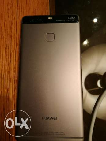 Huawei P9 Silver grey In new condition