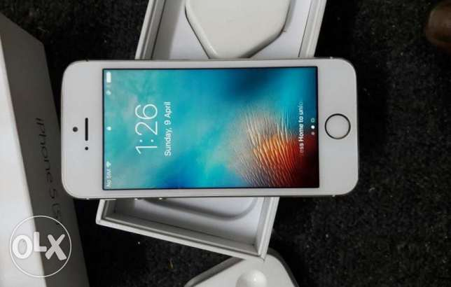 i phone 5s. 16gb for sale