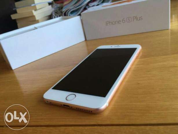 Apple iPhone 6S Plus 128Gb with complete accessories.