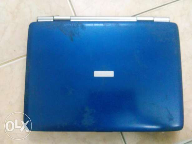 Toshiba sattelite new conditioned laptop 18 inch screen navy blue n silver coloured المدينة المنورة -  2