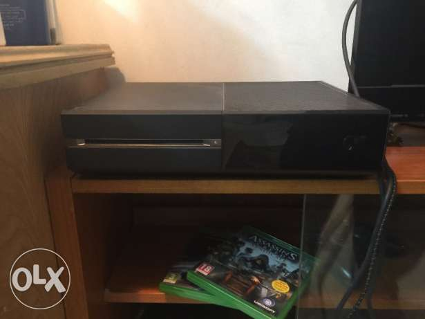 xbox one elite 1tb with 3 massive games with elite controller