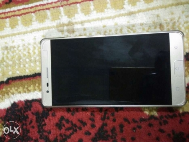 New mobile with all accessories and 2yers warranty
