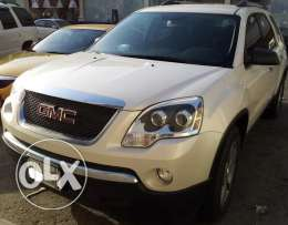 2012 Acadia - Ideal for family