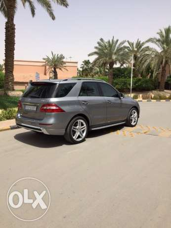Mercedes ML 500 full specs 2014 impeccable condition active warranty الرياض -  3
