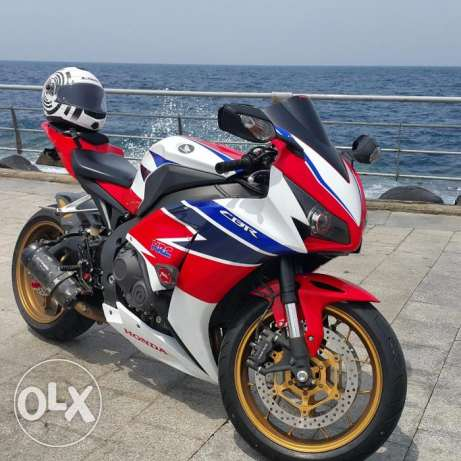 2014 - CBR 1000RR - With So Many Items