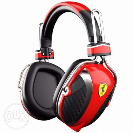 headphone ferrari