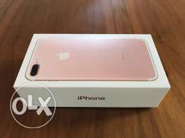 am selling apple iphone 7 plus 128 gb