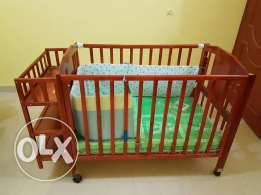 Crib wooden baby bed with new mattress