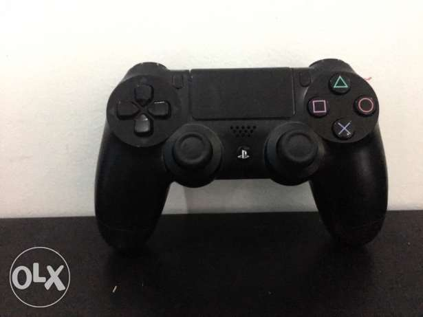 PS4 controller in good condition