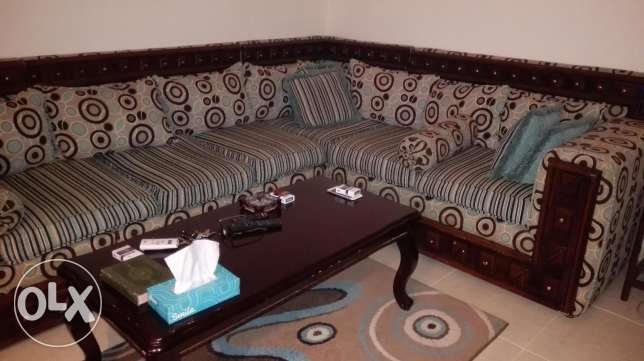 500 SAR used living room for sale الظهران -  2