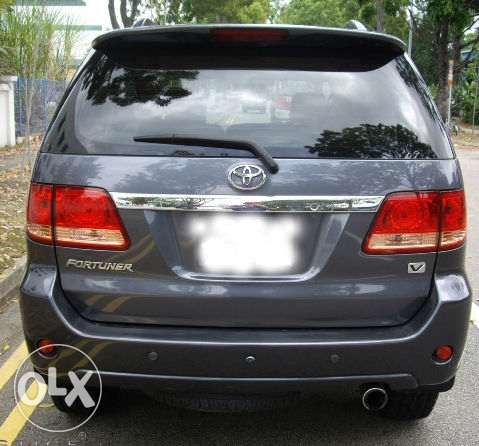toyota fortuner is in good condition first hand use..