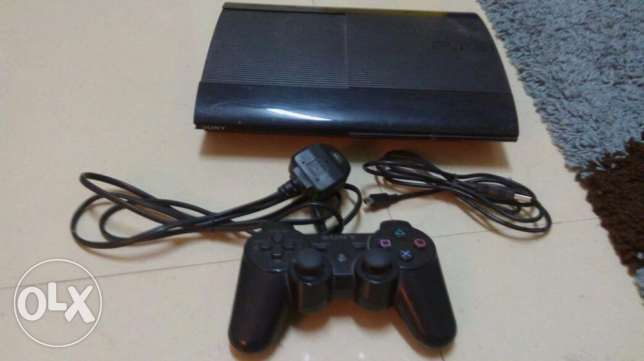 PS3 500 GB 6 games
