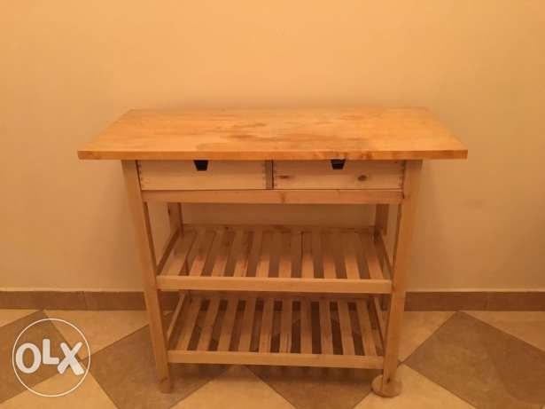 Small Kitchen Table - Excellent Condition الرياض -  1