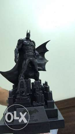 batman arkham knight limited edition ( only the statue)