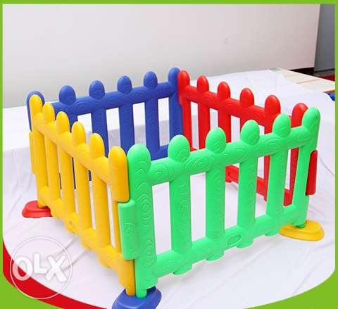 Play Plastic Fences