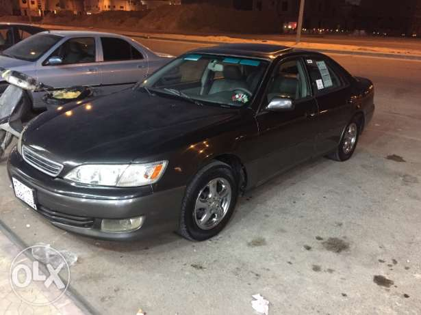 Lexus for sale and price are negotiable