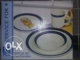 16 pieces dinner set for 4 persons..2 dinner sets
