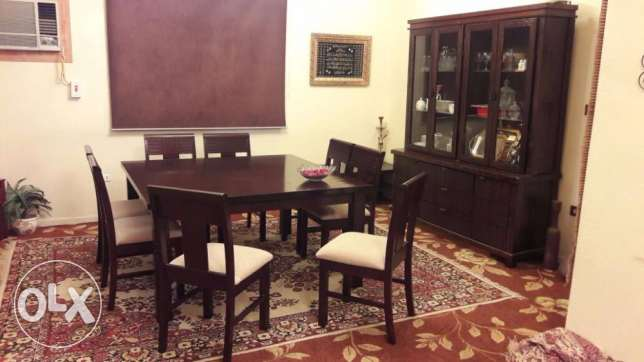 dinning table 4 sale