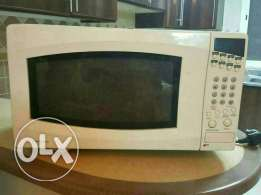 Selling My microwave (white westinghouse) due to final exit