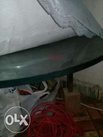 Selling glass table