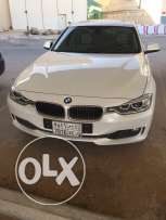 320i White luxury model 2015 excellent condition like new