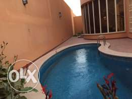 Villa for rent in king Abdullah district in small compound