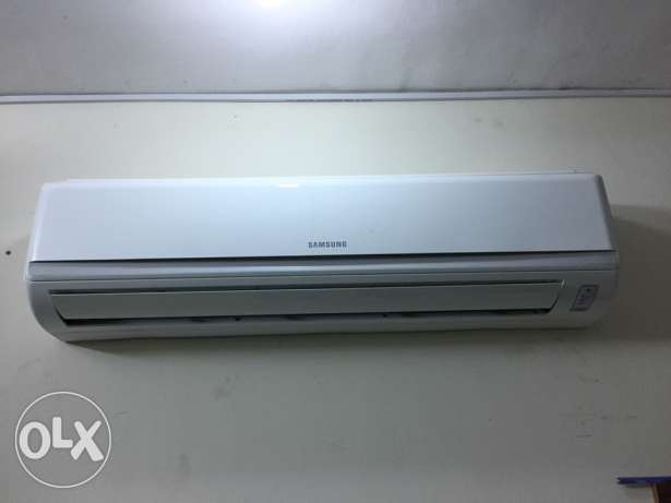 Samsung Saplit Ac 2.5 ton new only one manthe warking
