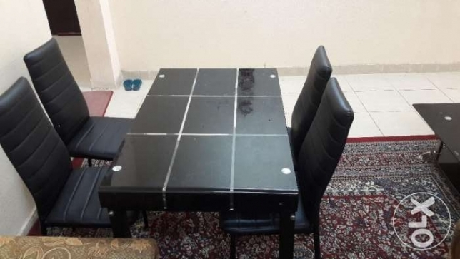 Urgent Sell Dinning table