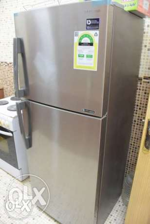 Samsung fridge Inverter (6 stars) for sale 14 cu. feet (almost NEW)