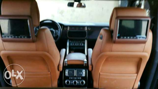 Range Rover Vogue Model 2015 L405 V8 5.0 الرياض -  5