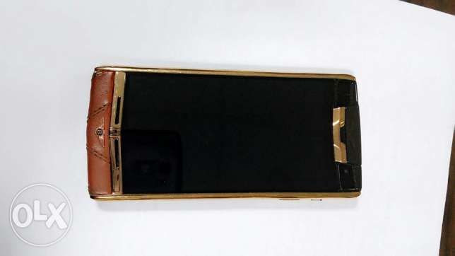 vertu bentley Signature Touch