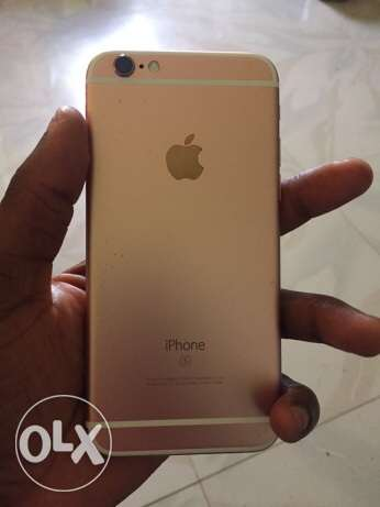 iPhone 6s 64 gb gold with FaceTime الرياض -  2