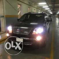 2012 GMC Acadia - Denali (full option)